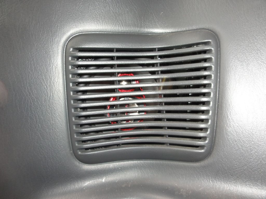 Installation Of The Rear Speakers On Suzuki Jimny Brookepedia Install Jeep Window Final Speaker