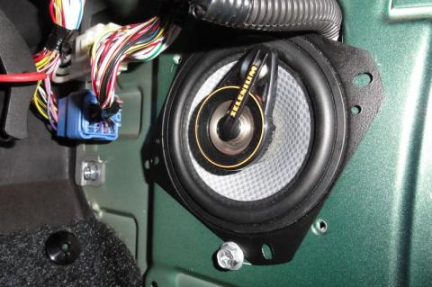 Upgraded Suzuki Jimny speaker